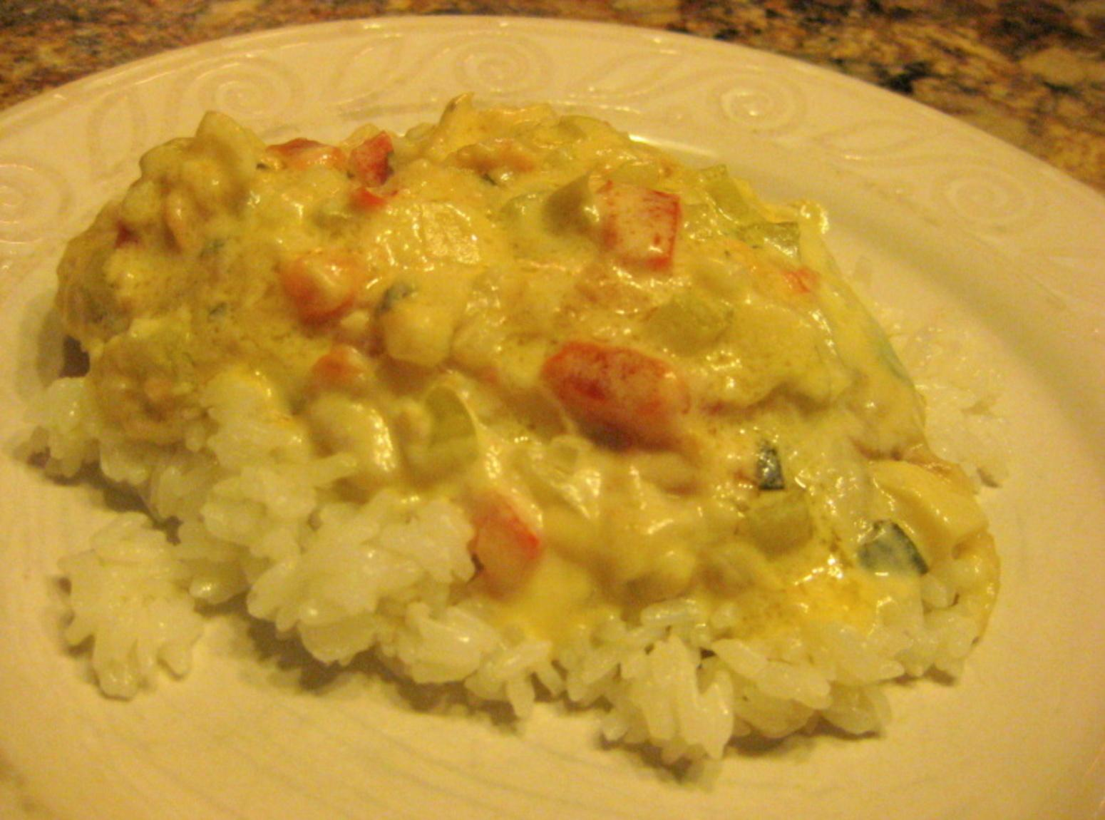 Fish fillets in coconut sauce pescado con coco recipe for Fish sauce recipes