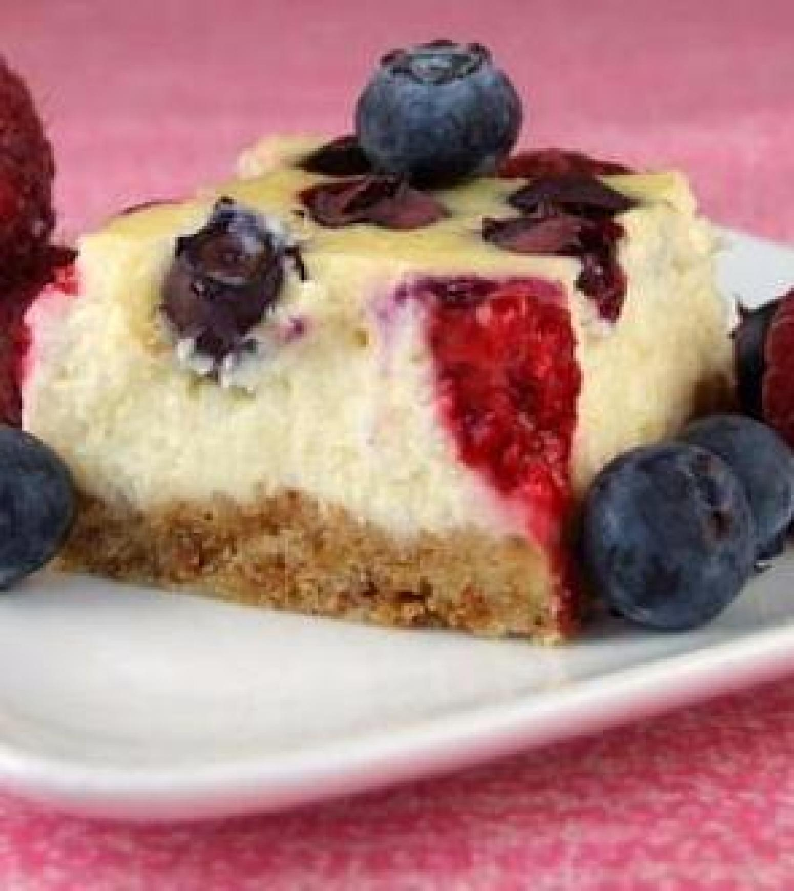 Red, White and Blueberry Cheesecake Bars (WW) Recipe