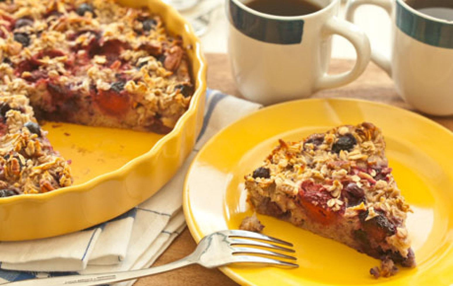 Apple-Berry Baked Oatmeal Recipe