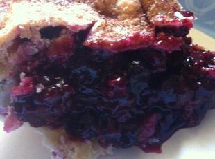 Easy Triple Berry Pie Recipe
