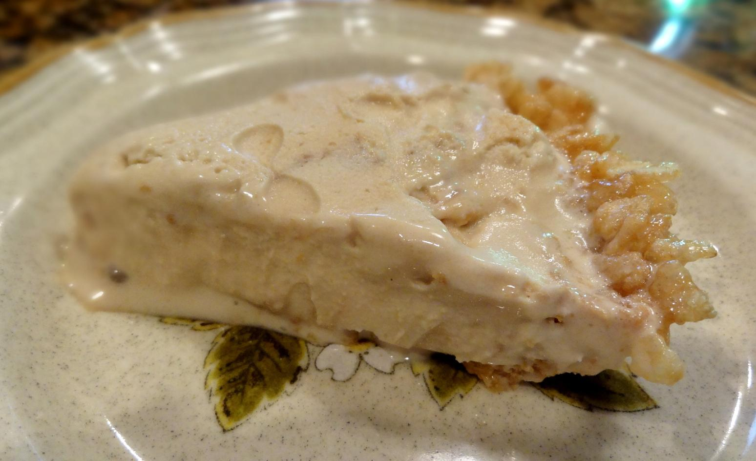 KRISPY CARAMEL CREAM PIE -- BONNIE'S Recipe