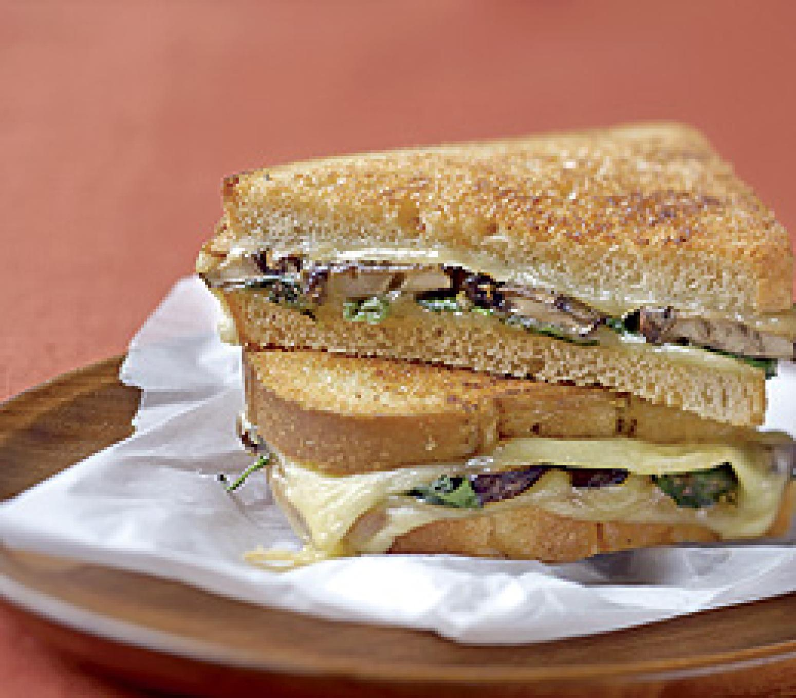 Mushroom, Spinach, and Smoked Gouda Sandwiches Recipe | Just A Pinch ...