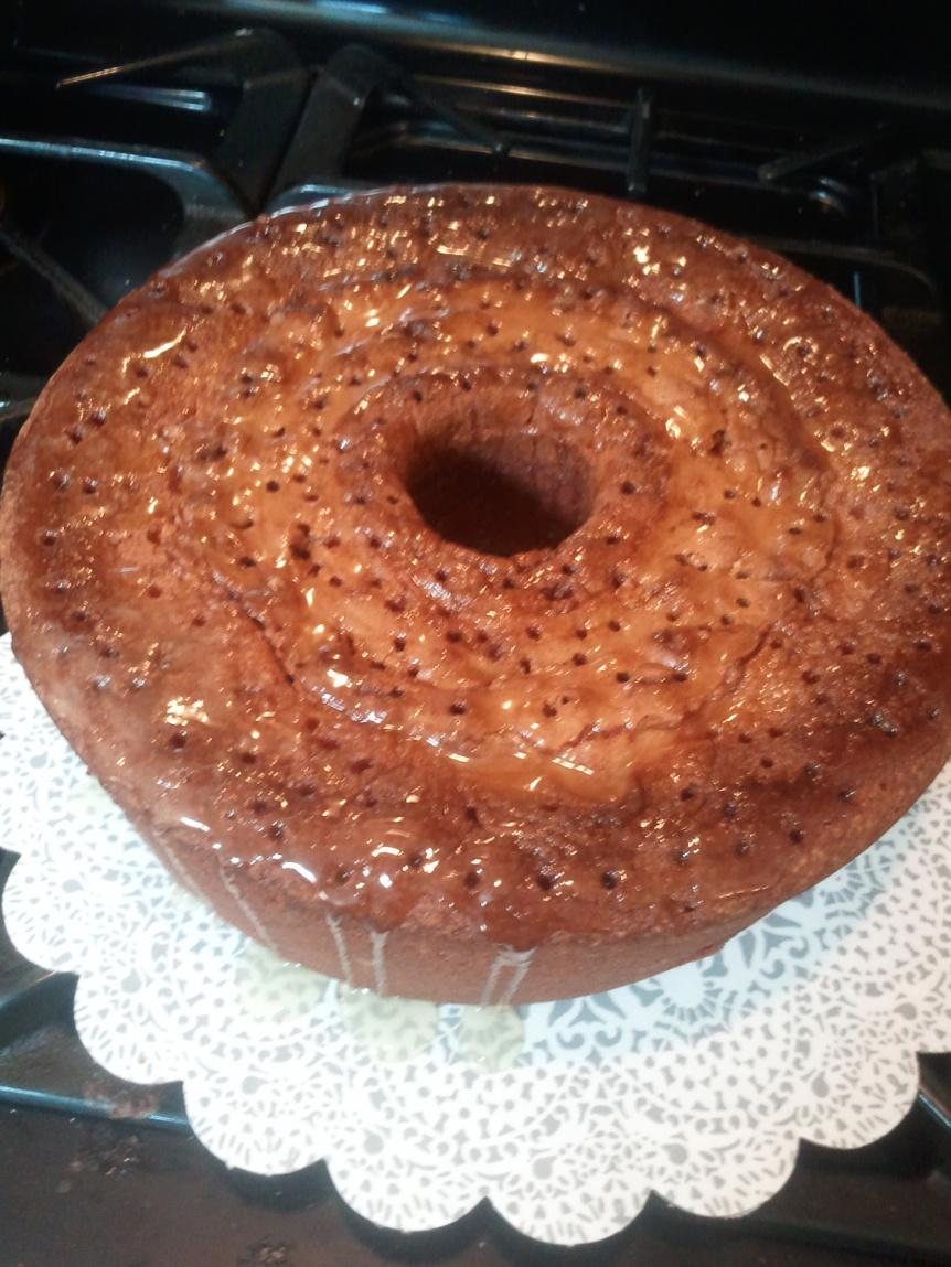 7-Up Pound Cake w/ Butter Glaze by Rose Recipe