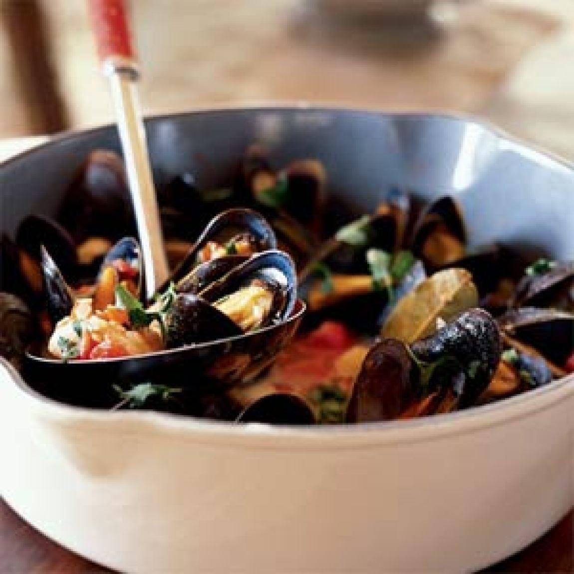 Fisherman 39 s seafood stew recipe just a pinch recipes for Recipe for seafood stew