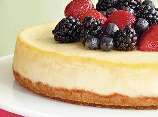 Mascarpone-Berry Cheesecake