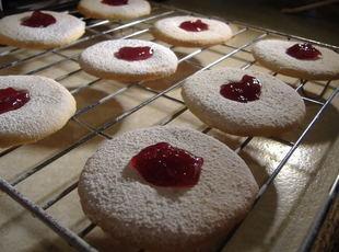 Moreish Cookies with Jam Recipe