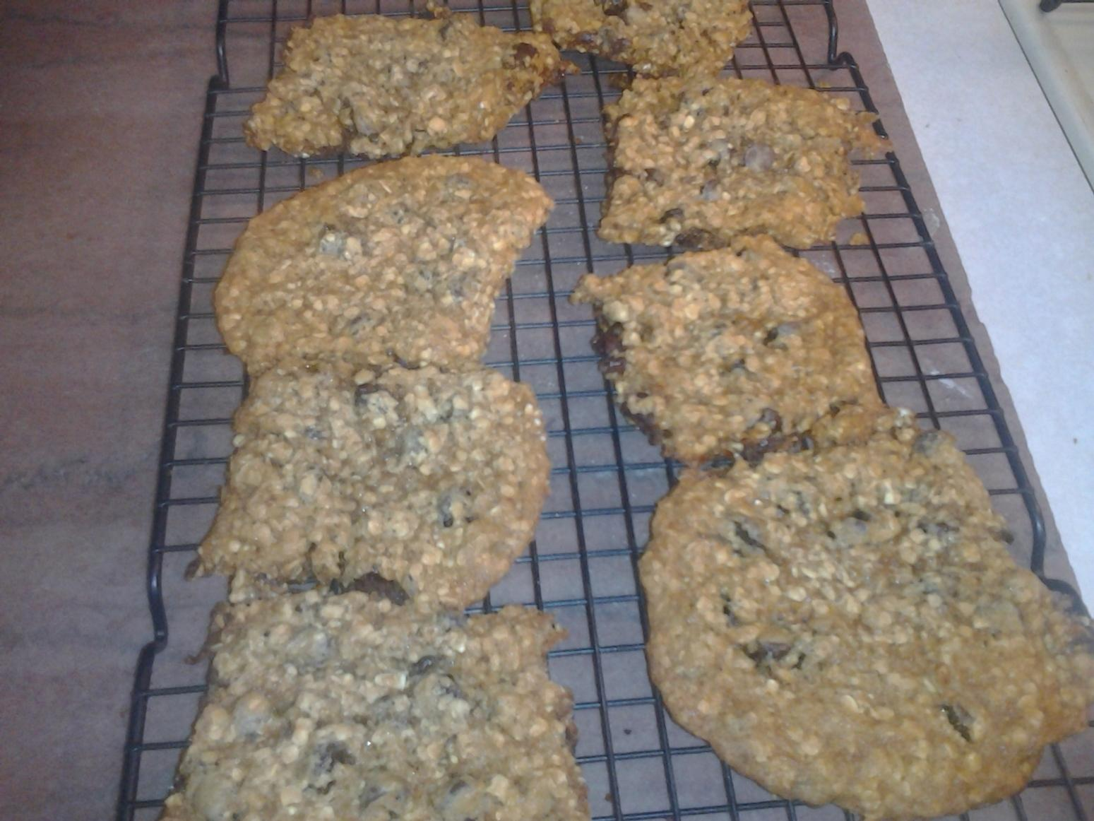 mom's carmel chocolate chip oatmeal cookies Recipe