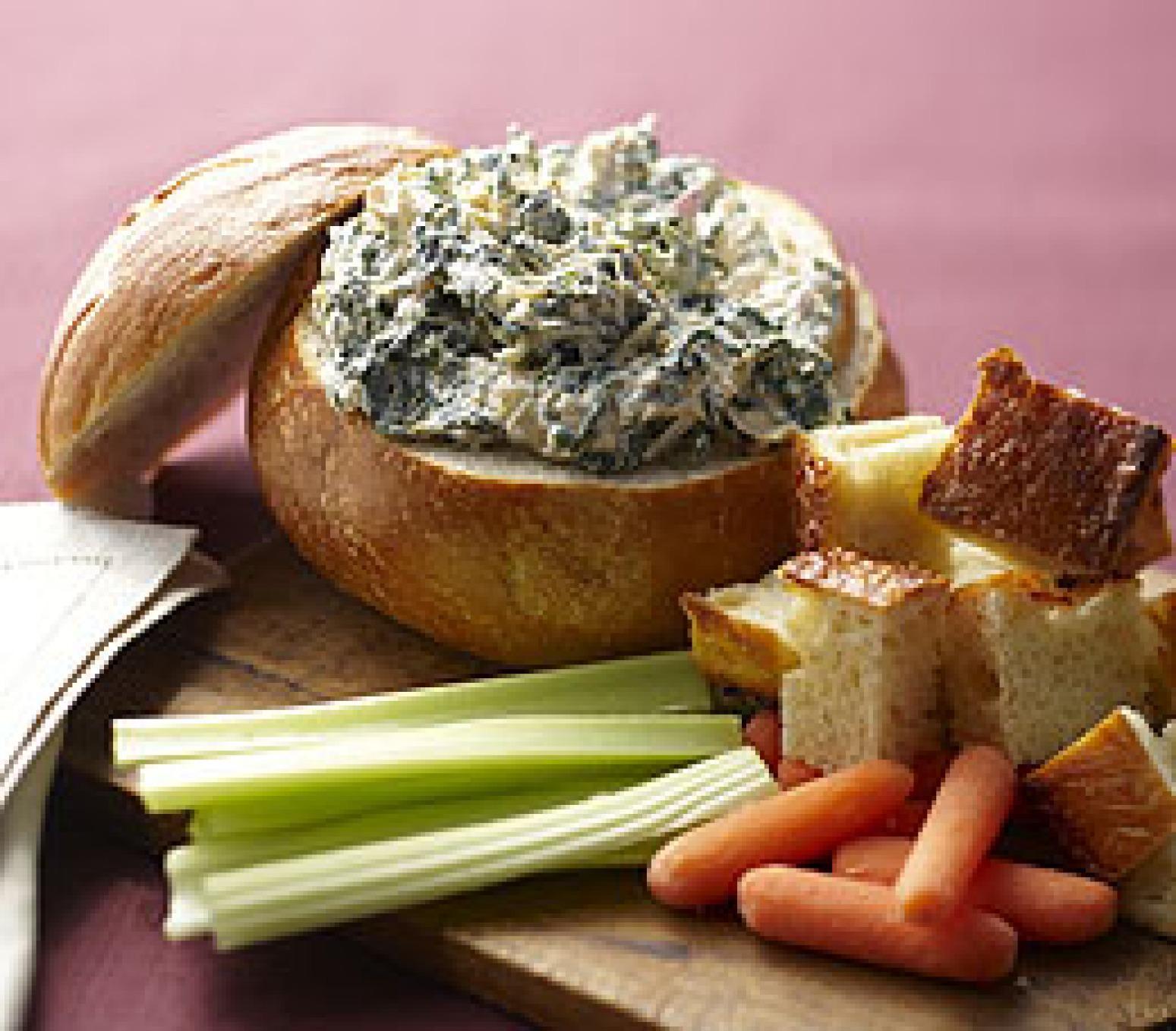 Spinach Artichoke Dip in Bread Bowl Spinach Artichoke Dip in a