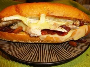 Smokin' Turkey Melt with Red Onion Marmalade Recipe