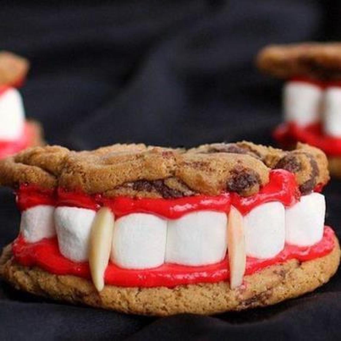 Vampire teeth cookies Recipe