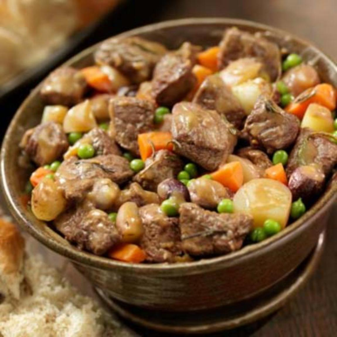 Helen 39 s slow cooker beef stew recipe just a pinch recipes for Slow cooker fish stew
