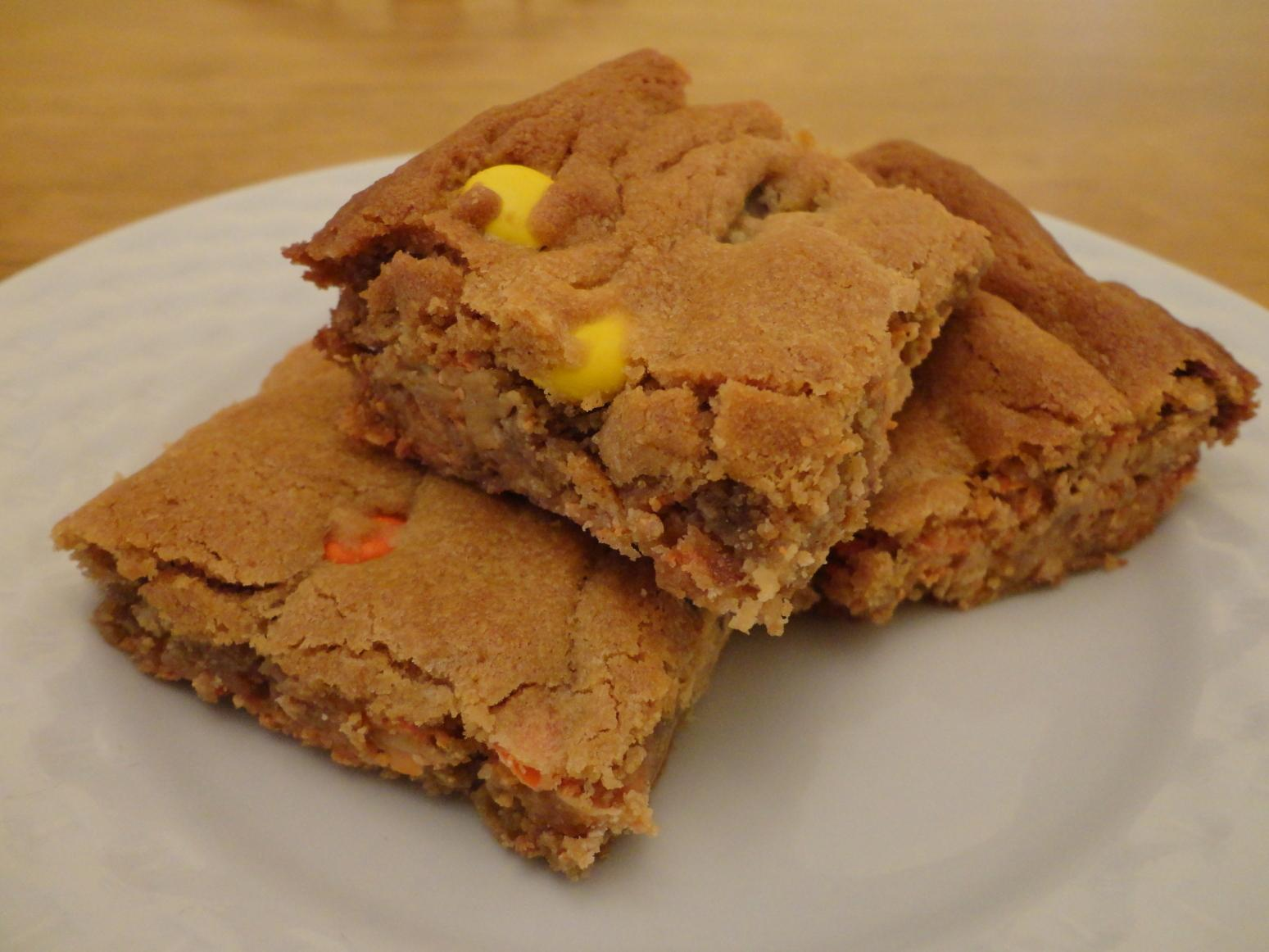 Reese's Pieces Peanut Butter Blondies Recipe