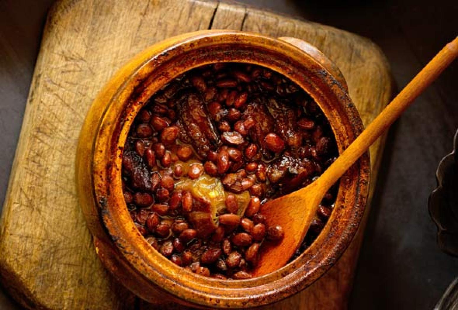 Appalachian Cider Baked Beans Recipe | Just A Pinch Recipes