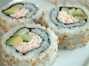 California Crab Rolls (Sushi)