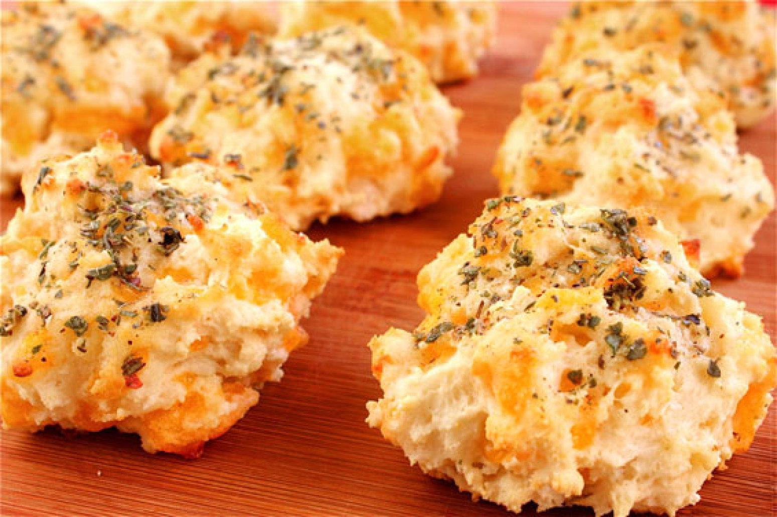 Garlic Cheddar Biscuits Recipe 2 | Just A Pinch Recipes