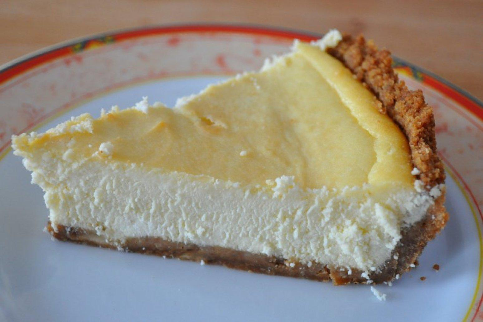 simple ricotta cheesecake recipe just a pinch recipes. Black Bedroom Furniture Sets. Home Design Ideas