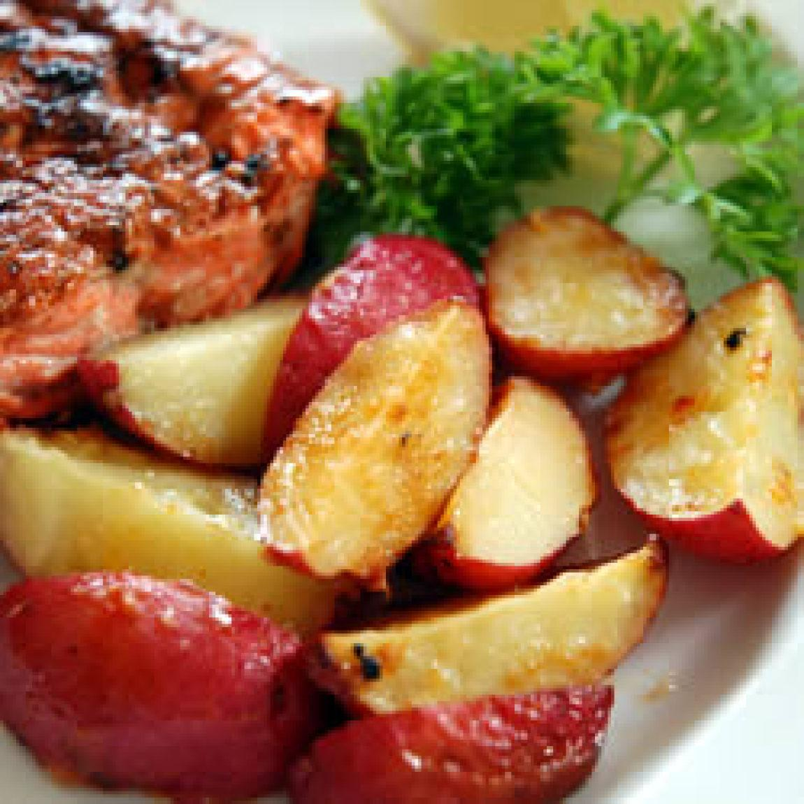 Garlic Red Potatoes Recipe | Just A Pinch Recipes
