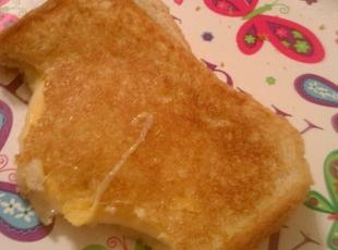 Yummy Cheese Sandwich Recipe
