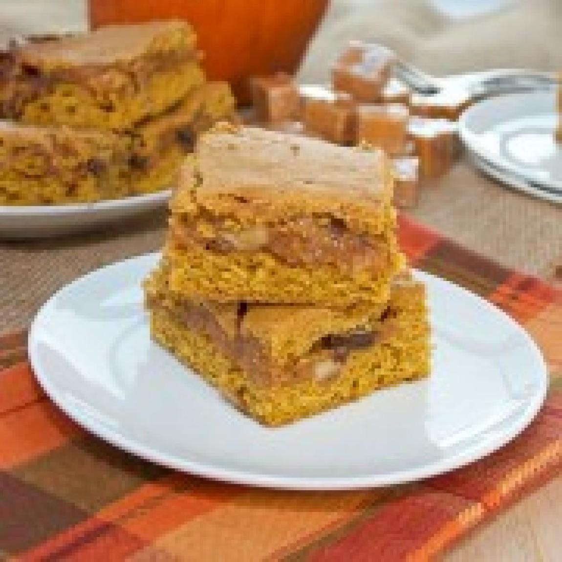 Ooey Gooey Caramel Pumpkin Blondies Recipe | Just A Pinch ...