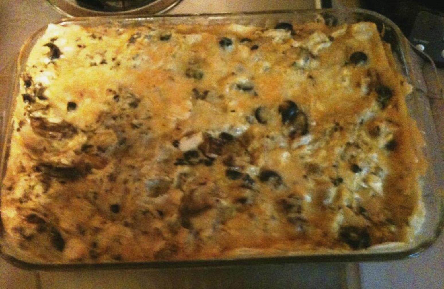 MOM'S FAMOUS CHICKEN GUNK CASSEROLE Recipe