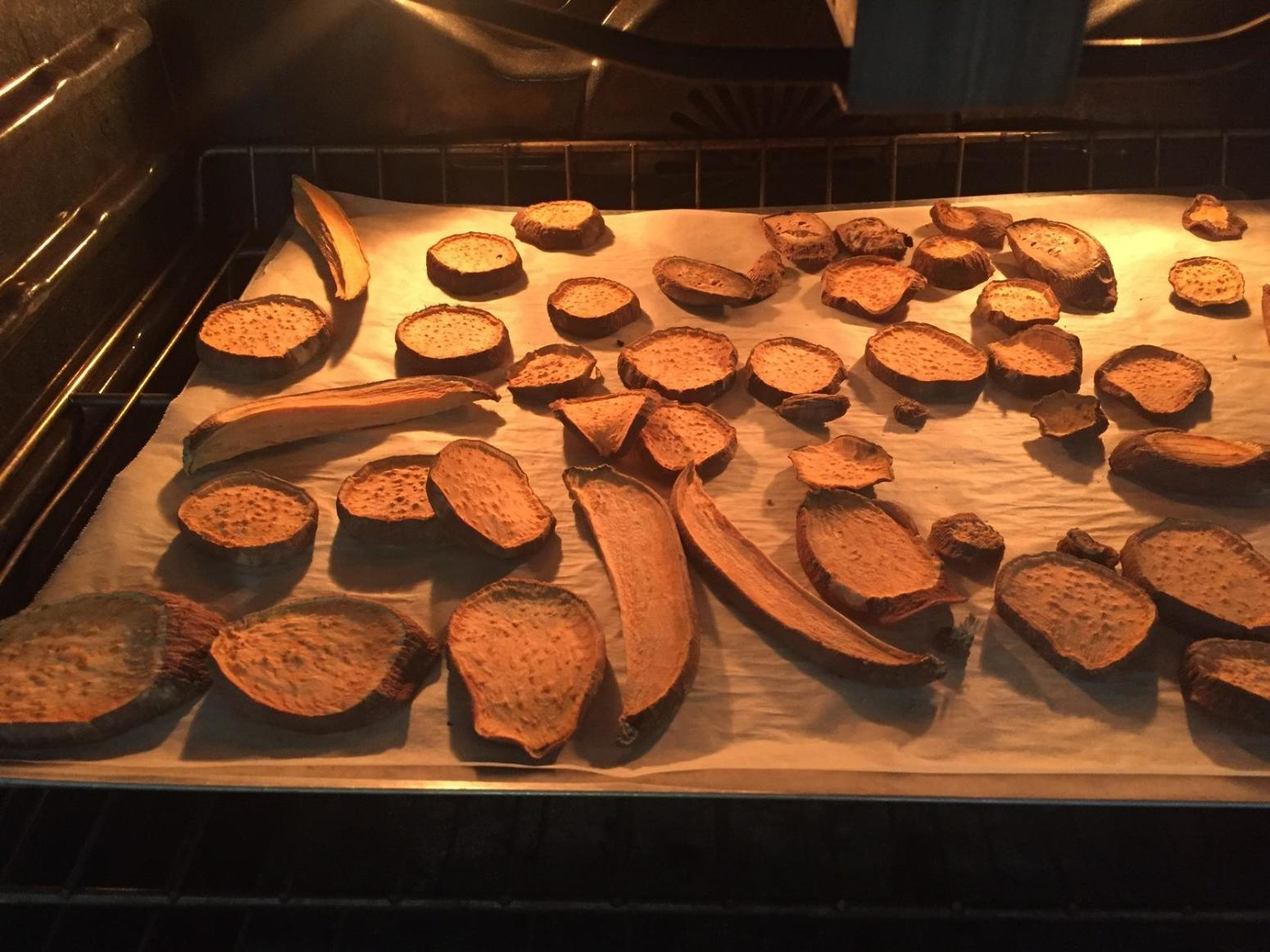 Make & Store Dehydrated Sweet Potato Chips- Dogs Recipe