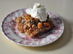 Apple Date Betty Recipe