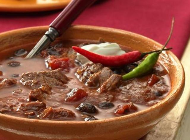 Slow Cooker Steak and Black Bean Chili Recipe | Just A ...