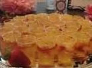 Strawberries and Champagne Jello Shots Recipe