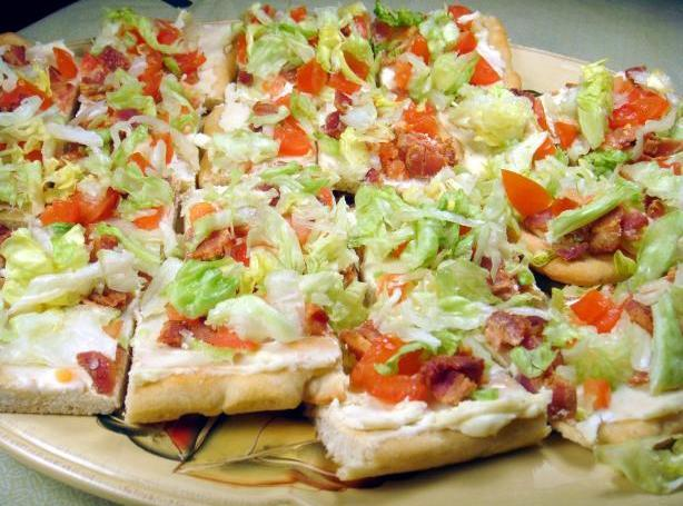 BLT Ranch Salad Pizza-Pampered Chef Recipe | Just A Pinch Recipes