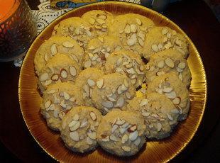 Low-Carb Sour Cream Drop Cookies Recipe