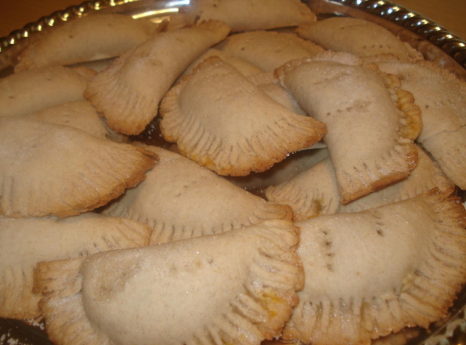Mexican Pumpkin Empanadas, Empanadas de Calabaza Recipe