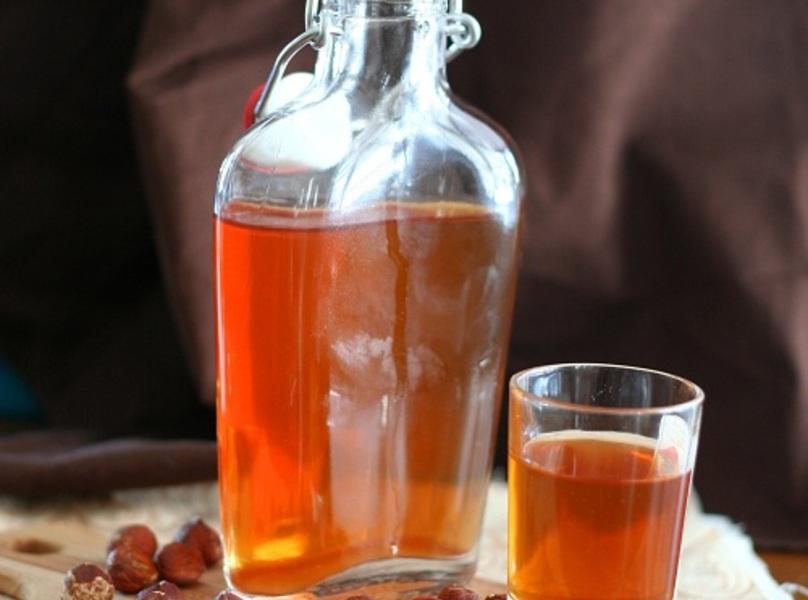 Homemade Hazelnut Liqueur – Sugar-Free Recipe | Just A ...