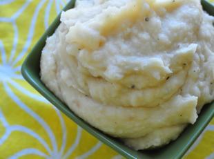 Creamy Make Ahead Mashed Potatoes (Crock Pot)