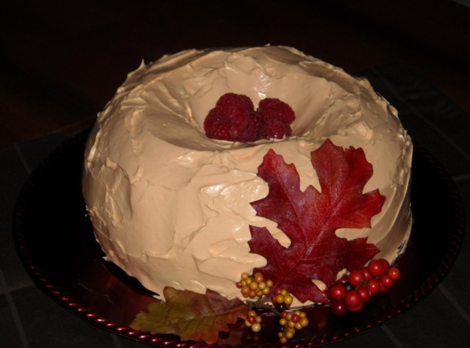Autumn Pumpkin Raspberry Bundt Cake Recipe
