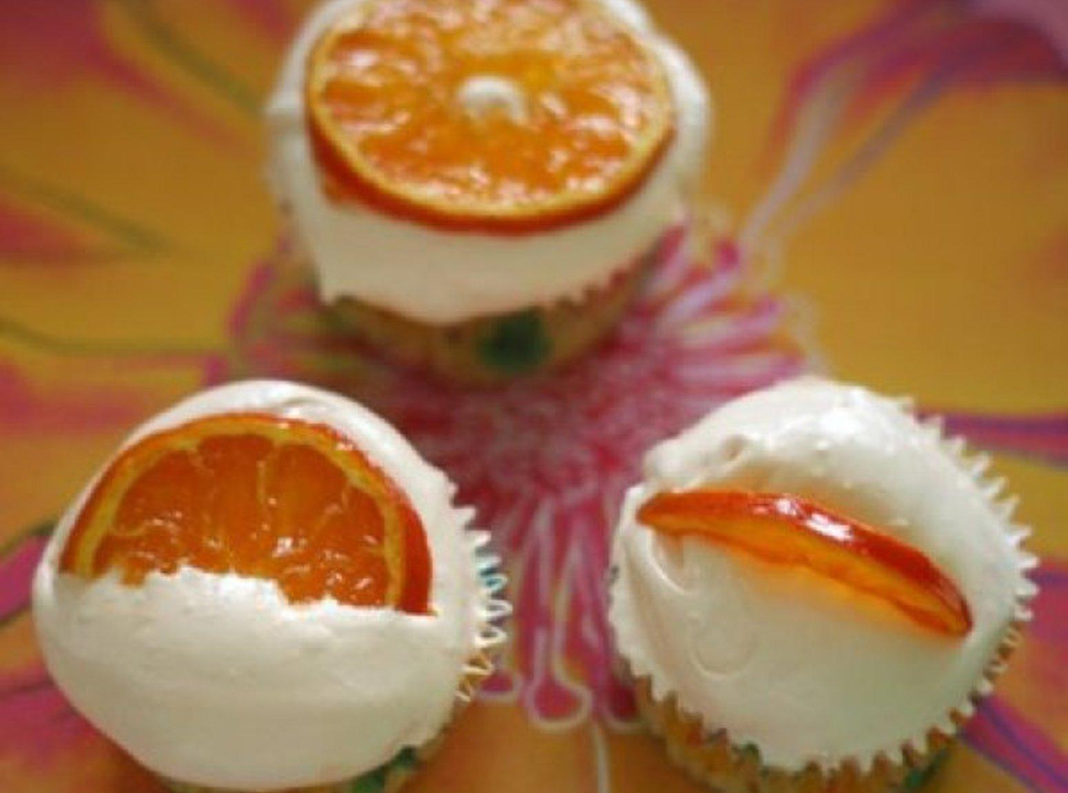 TANGERINE CUPCAKES W/TANGERINE FROSTING Recipe