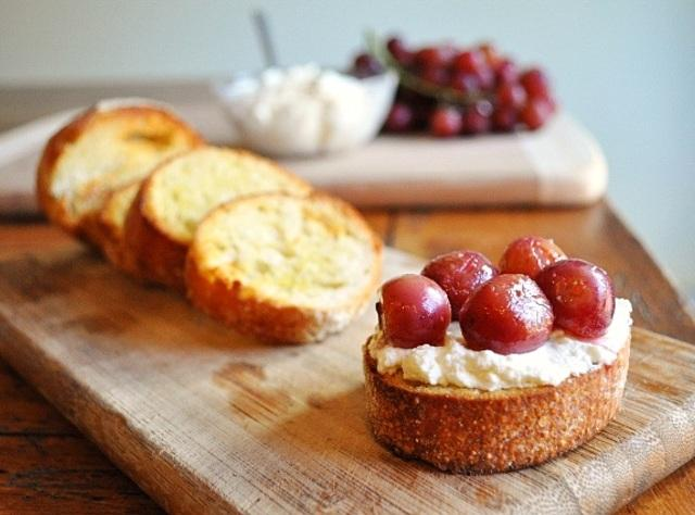 Ricotta Crostini with Roasted Grapes Recipe | Just A Pinch Recipes