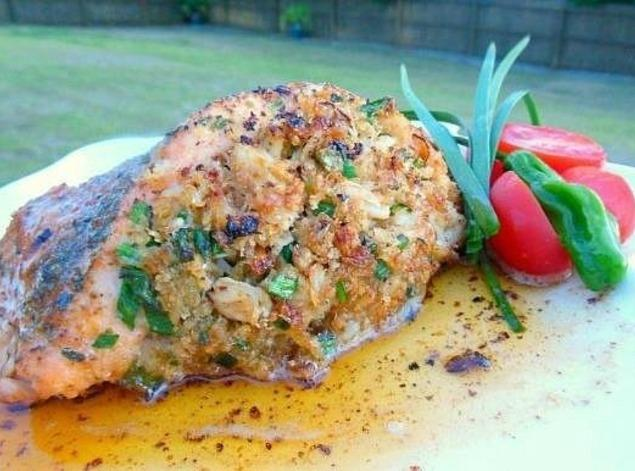 Slammin 39 crab stuffed salmon recipe just a pinch recipes for Stuffed fish with crab meat