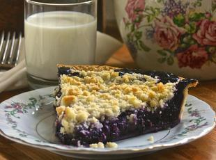 Homemade Wild Blueberry Pie with Crumb Top!