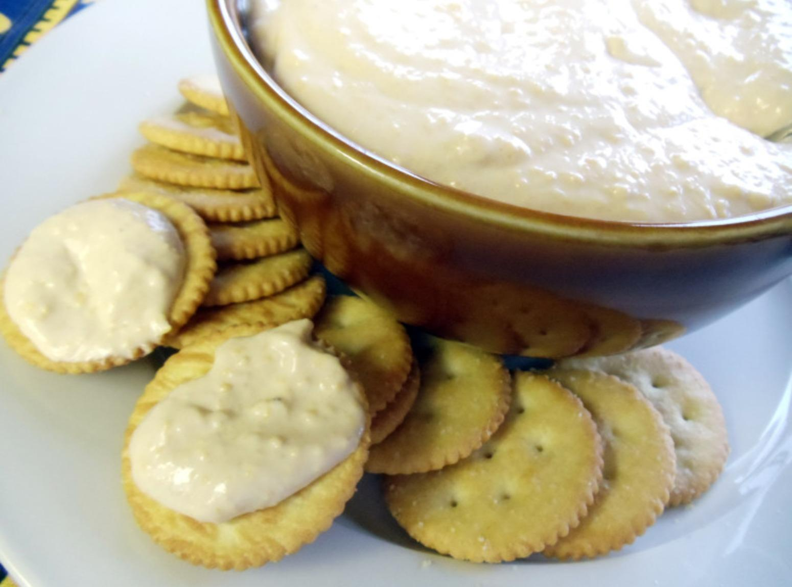 Horseradish Cheddar Pub Cheese Recipe