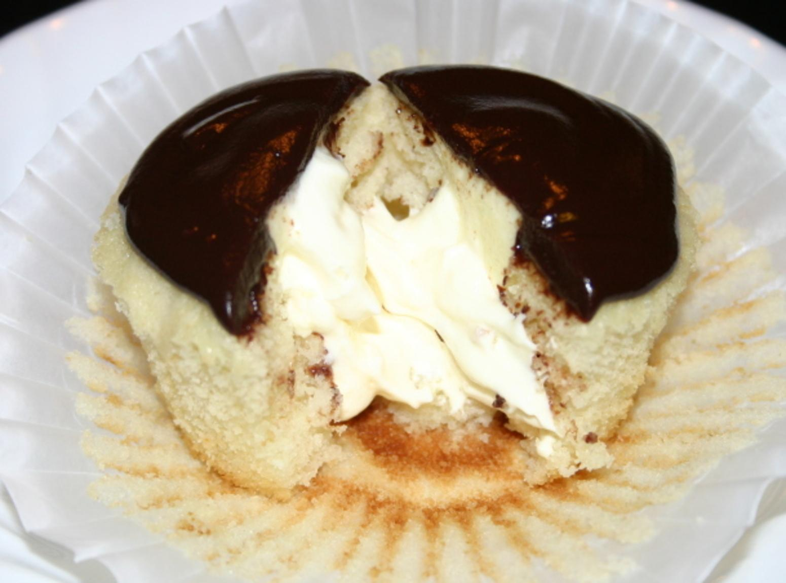 Boston Cream Cupcakes by Wendy Recipe