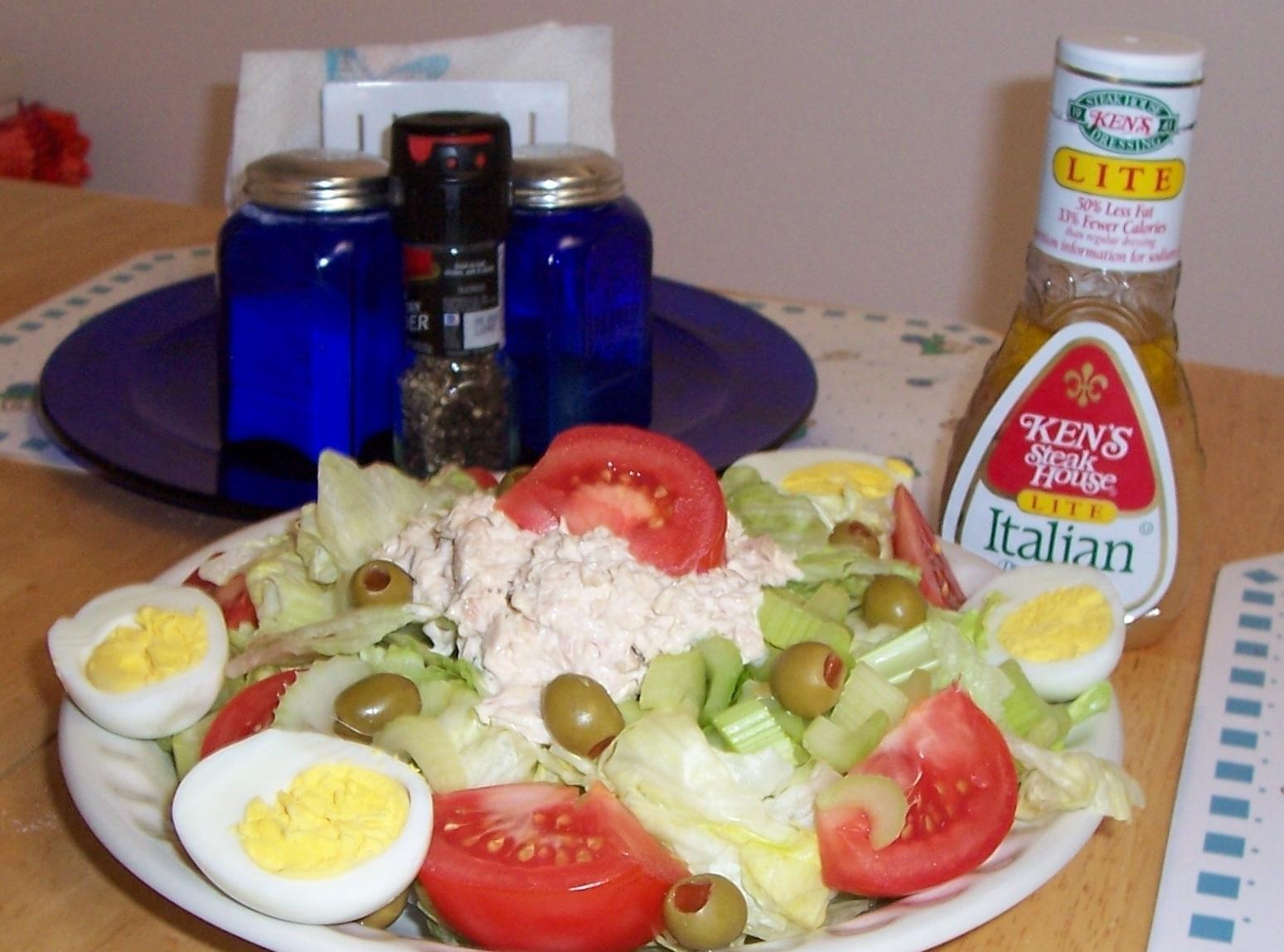 Tuna Salad Plate Recipe