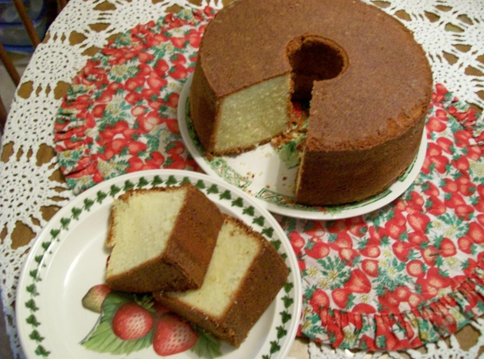 Elvis Presley's Favorite Whipping Cream Pound Cake By Freda Recipe