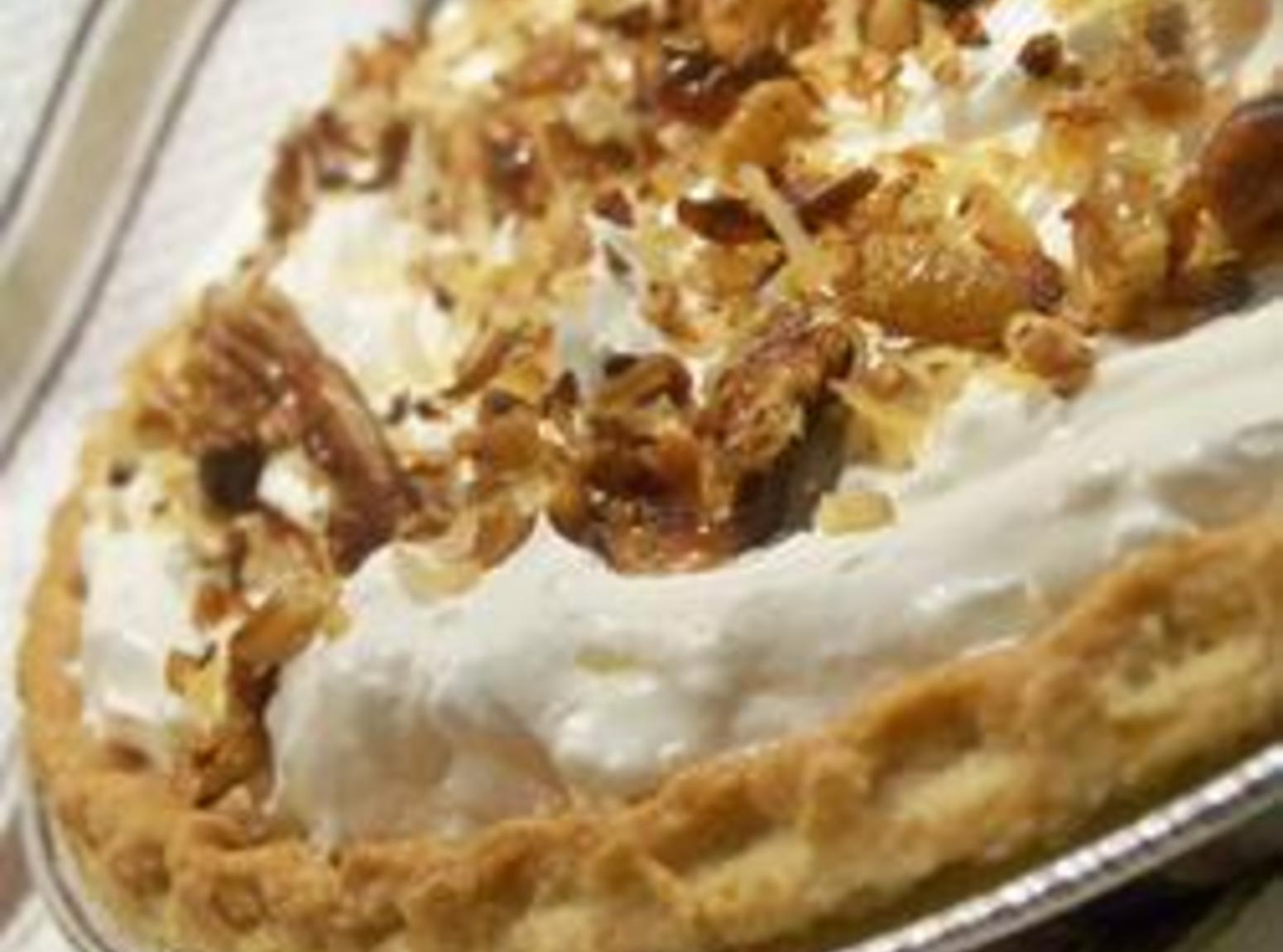 Toasted coconut pecan chocolate and caramel pie recipe for Chocolate coconut pecan pie recipe