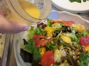 Zingy Peach Vinaigrette Recipe