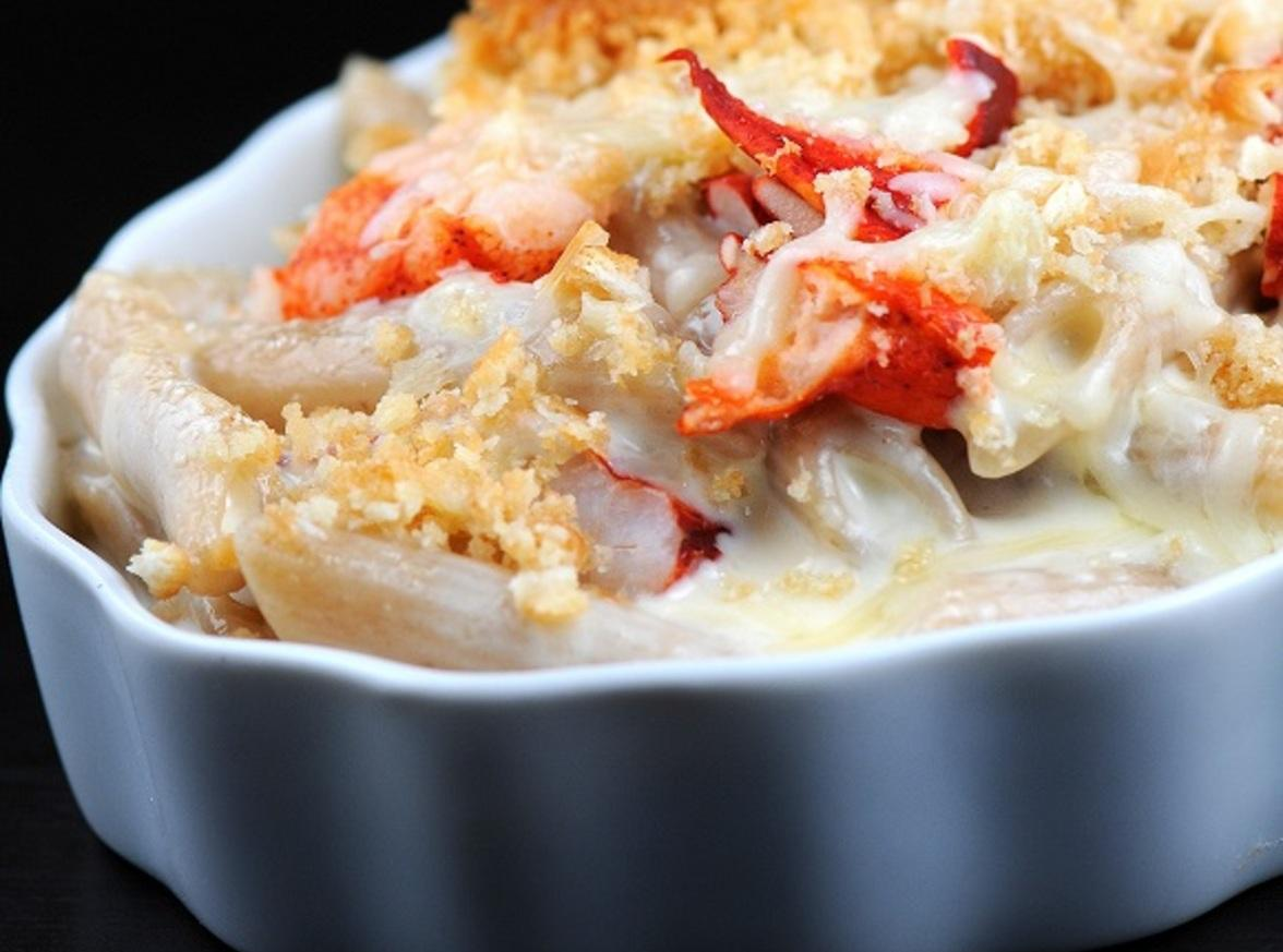Lobster mac and cheese side dish lobster house Ina garten macaroni and cheese