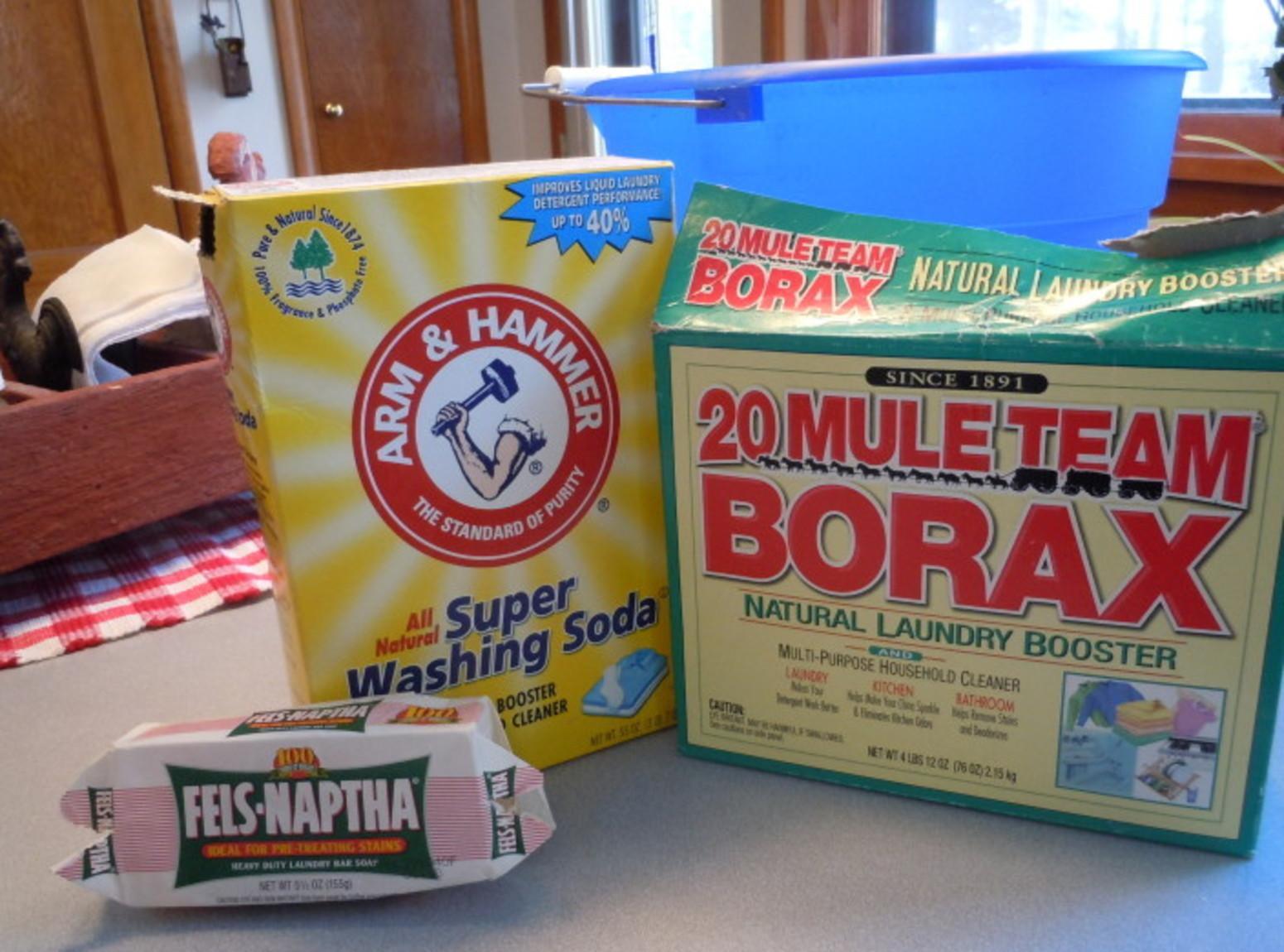 Homemade laundry soap (liquid and powdered) Recipe