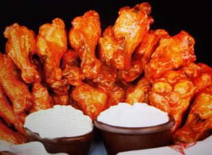 AMAZING BUFFALO WINGS-LOW CARBS Recipe
