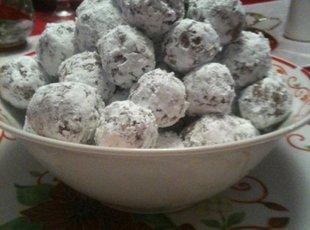 Nanas Rum Balls Recipe