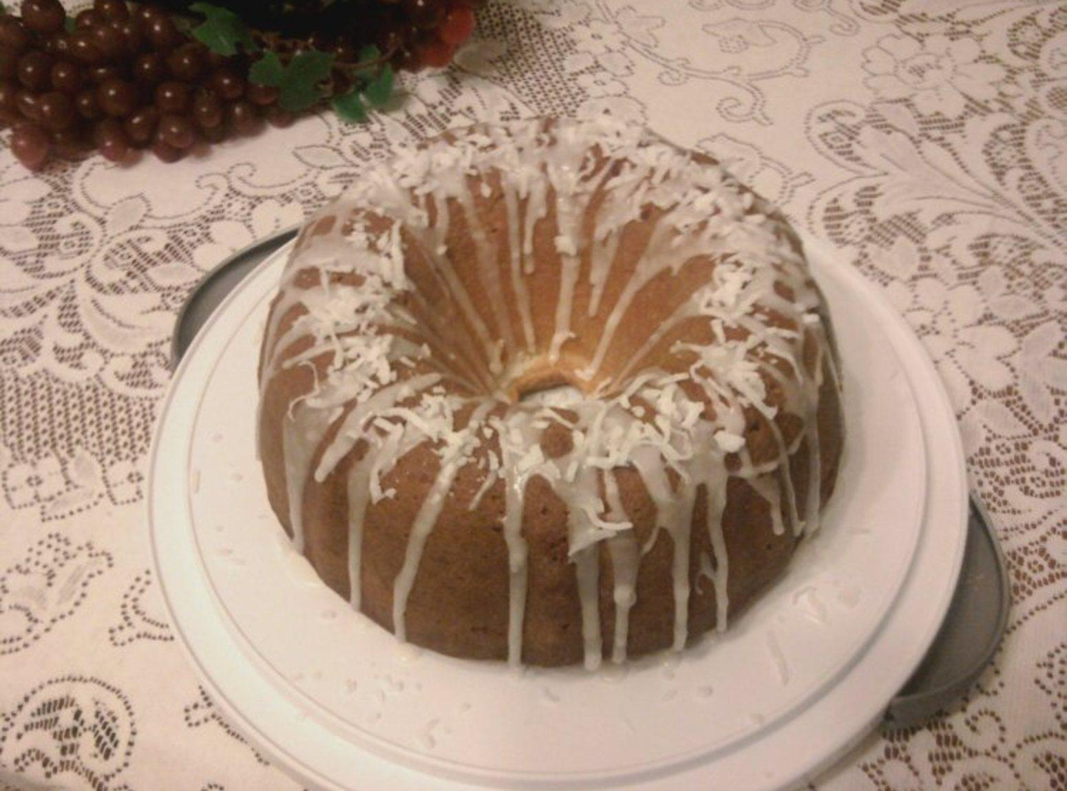 Pineapple Coconut Pound Cake Recipe