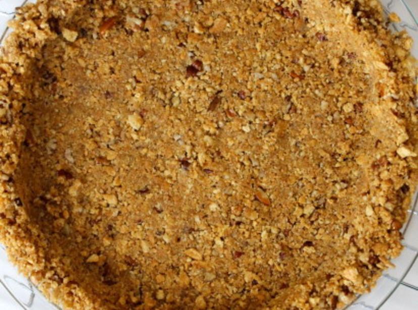 Pecan pie using graham cracker crust